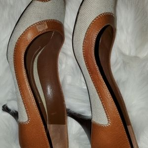 Burberry leather heels size Euro (40)